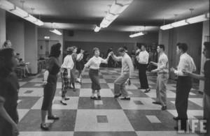 the-stroll-dance-300x195